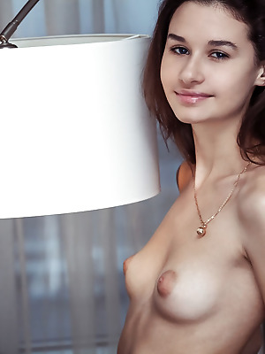 Showy Beauty  Anchen  Softcore, Erotic, Naughty, Solo, Real, Striptease