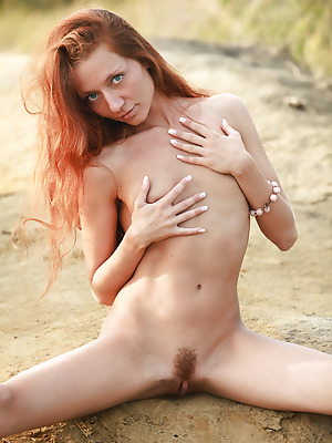 avErotica  Kesy  Amateur, Red Heads, Petite, Erotic, Beach, Teens, Solo